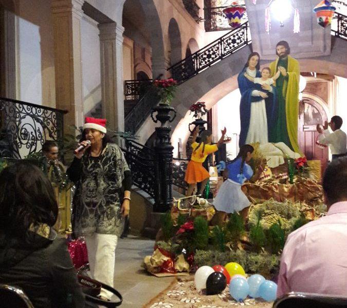 FOTO ANTONIETA RENDON festival de navidad museo mascara
